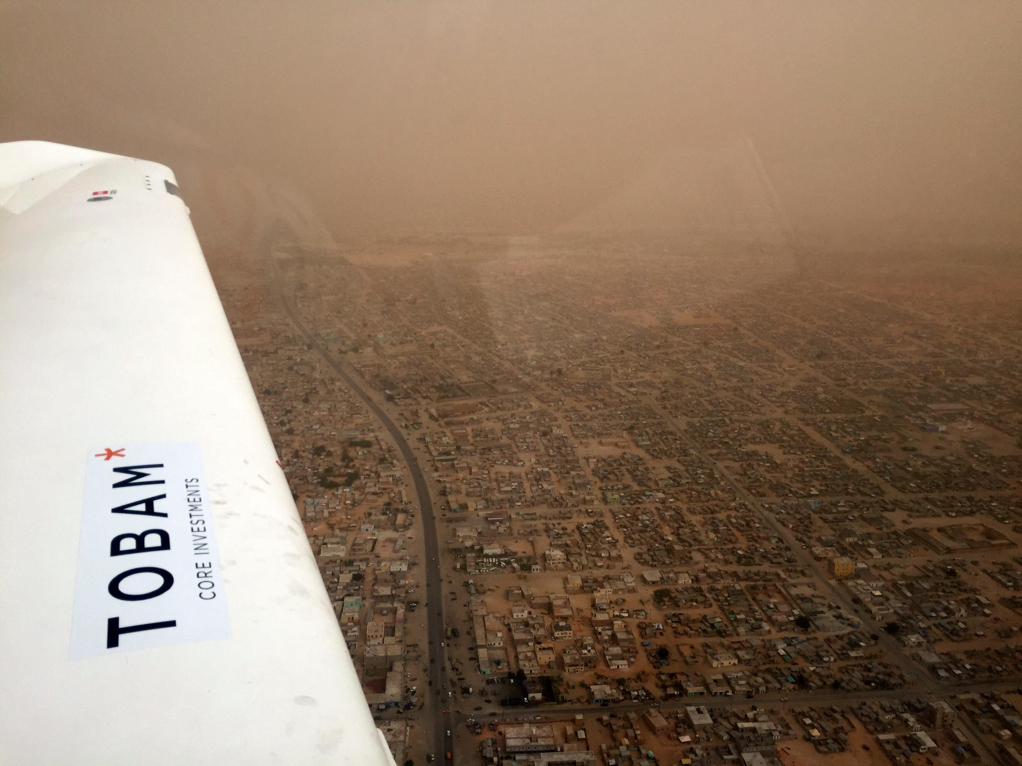 Au dessus de Nouakchott, tempête de sable