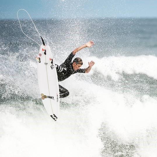 justin surfer 2